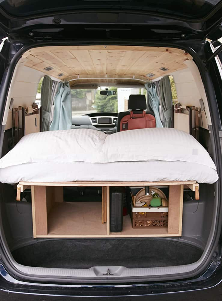 Ronin bed and storage
